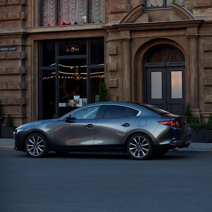 Mazda 3 Седан фото 1